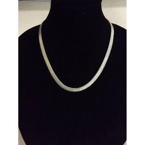"Napier Silver Tone Flat Chain Woman Necklace 20"""